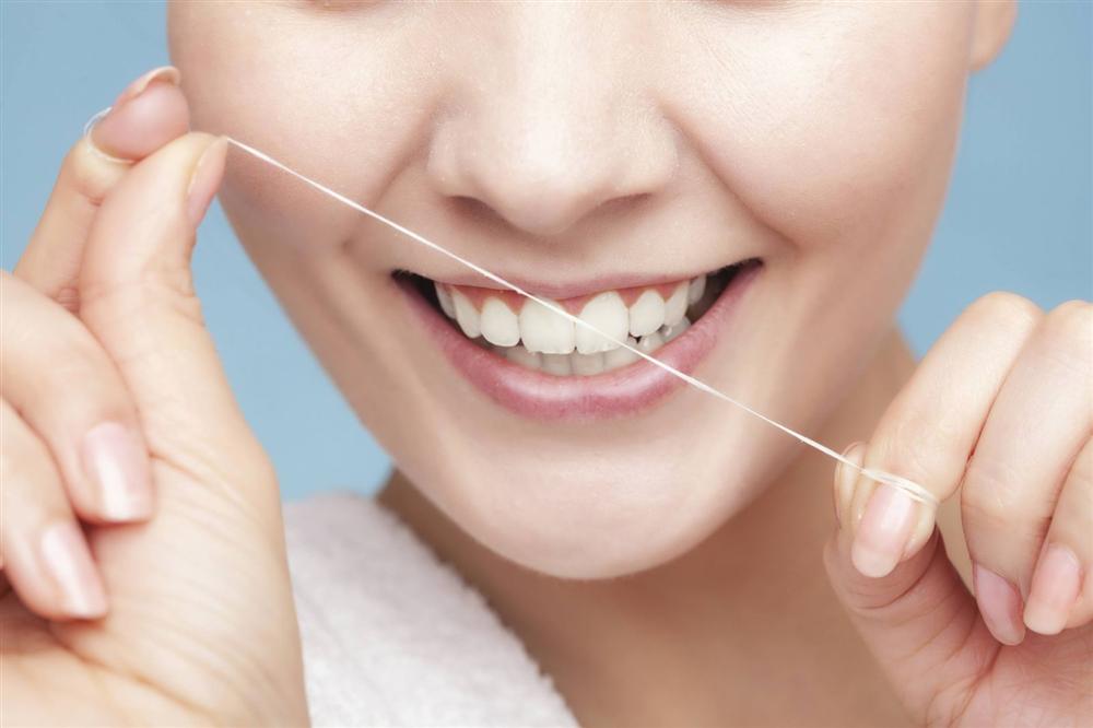 Các phương pháp đơn giản giúp loại bỏ mảng bám răng