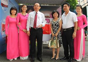 DP Nhất Nhất tham gia chương trình chào mừng 20/10 của Văn phòng Chính Phủ
