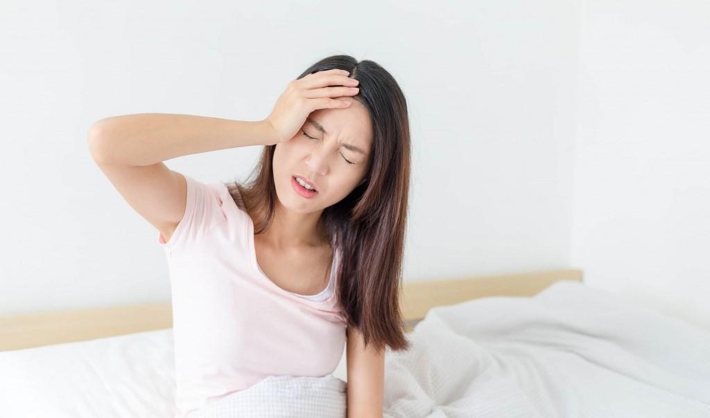 mất ngủ đau đầu