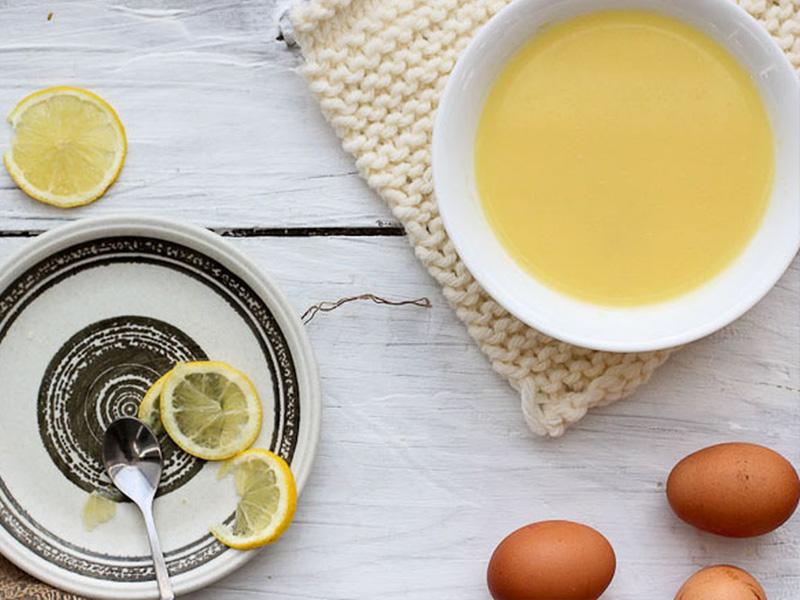 mặt nạ chanh và lòng trắng trứng cải thiện sắc tố da