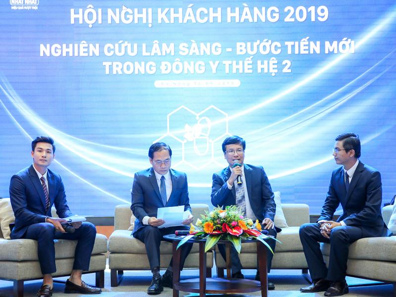 Chương trình tọa đàm diễn ra trong khuôn khổ mỗi hội nghị tại miền Trung